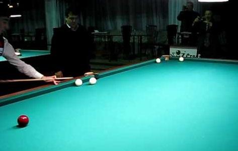 Фонд им.Мелиса Эшимканова проводит турнир по бильярду и шахматам