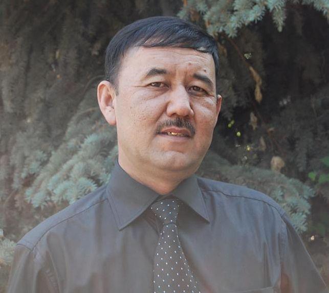 Белгилүү кыргыз журналисти жардамга муктаж